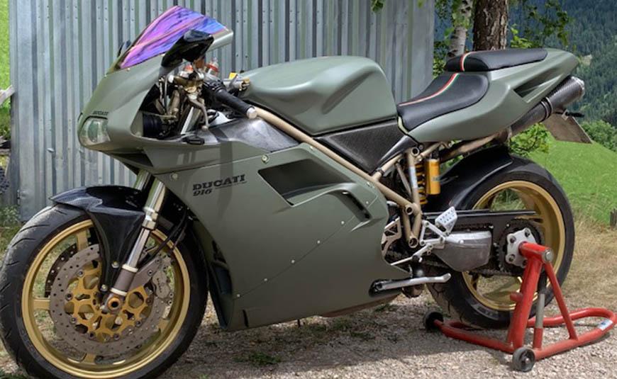 Ducati 916 personalizzata